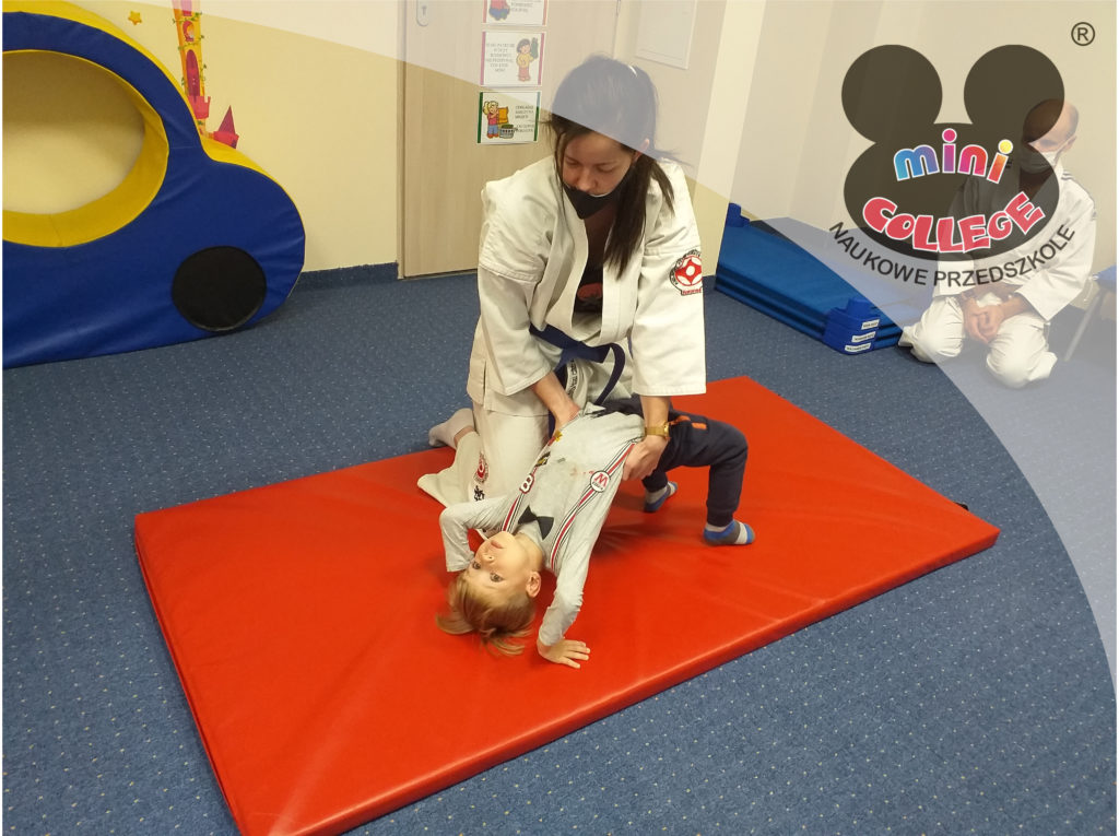 Karate itańce